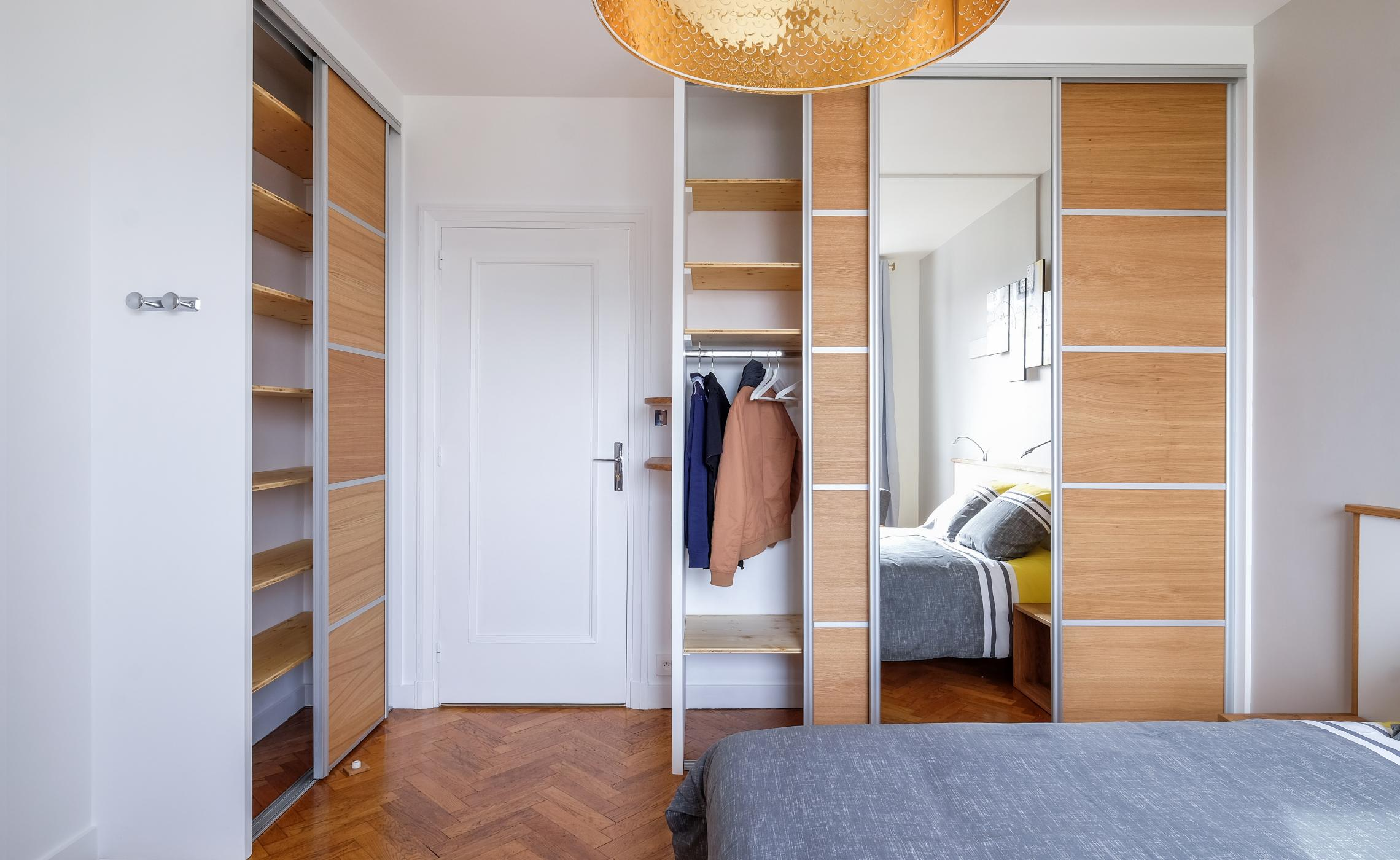 Amenagement interieur dressing bois
